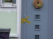 Kriminalisté vyšetřují dvojnásobné úmrtí v Teplicích. V rodinném domě v Nákladní ulici byla v neděli nalezena dvě mrtvá těla manželského páru.