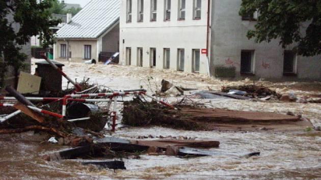 Jak řádila povodeň na Teplicku v roce 2002
