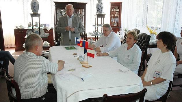 Dubí hostí 10. mezinárodní sympozium