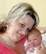 Mamince Šárce Zrůbecké z Teplic se 13. května v 8.42 hodin v ústecké porodnici narodila dcera Veronika Zrůbecká. Měřila 50 cm a vážila 3,73 kg.