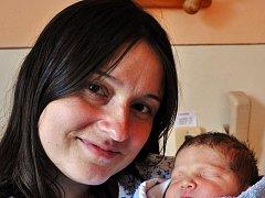 Mamince Lence Chludilové z Hrobu se 28. července v 8,21 hod. v teplické porodnici narodil syn Antonín Chludil. Měřil 53 cm a vážil 3,85kg