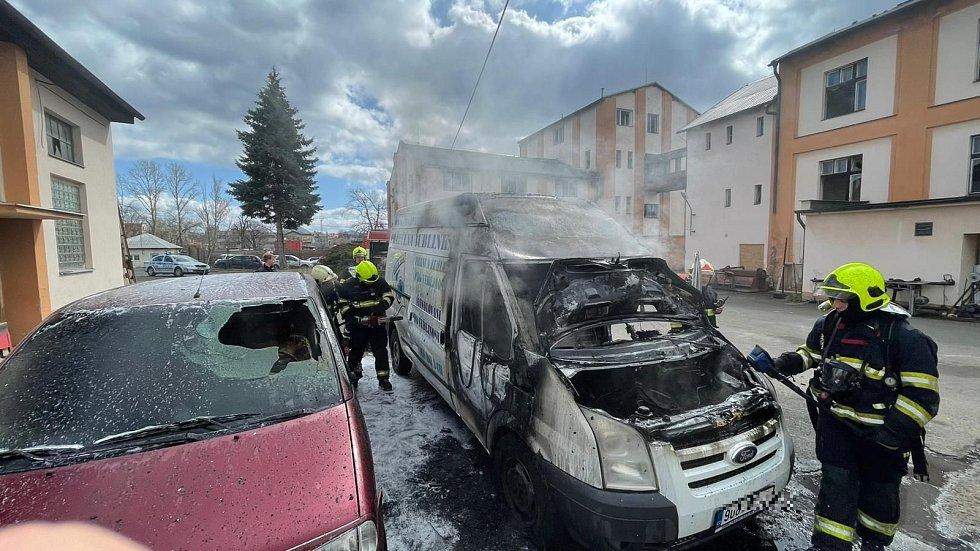 Požár dodávky v Teplicích.