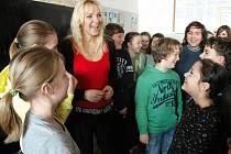 Učitelku Irenu Bednářovou práce ve školství baví. Nominace od studentů ji překvapila. Mile.