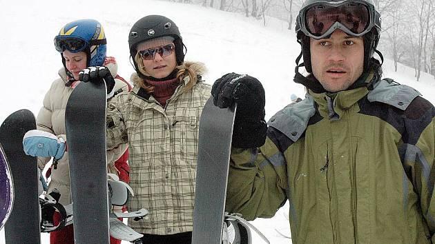 Lyžařský a snowboardový kurz gymnázia Duchcov ve Sport centru Bouřňák