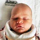 LUCIE JOUGLOVÁ se narodila Kateřině Jouglové ze Mstišova 15. prosince v 11.01 hod. v teplické porodnici. Měřila 48 cm a vážila 2,70 kg.