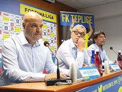 Tisková konference FK Teplice: zleva Dovalil, Hynek a Šmejkal