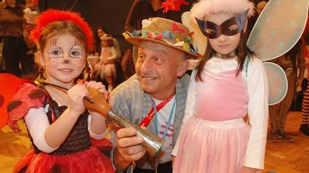 Dětský maškarní ples odstartoval plesovou sezonu v Teplicích