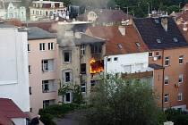 Požár balkonu v Teplicích