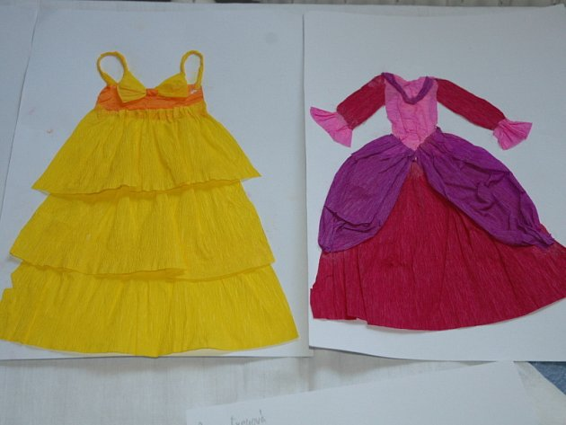 Dětské návrhy šatů pro Popelku