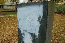 Vandal poničil židovský pomník