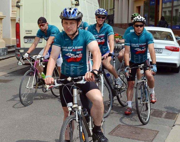 Desátý ročník Cyklo-běhu, pořádaný sdružením Řekni NE drogám Řekni ANO životu je největší pravidelnou protidrogovou kampaní spojenou se sportem.