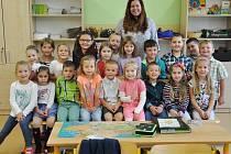 Žáci z 1.B ZŠ Dubí 1 s paní učitelkou Karolínou Burian