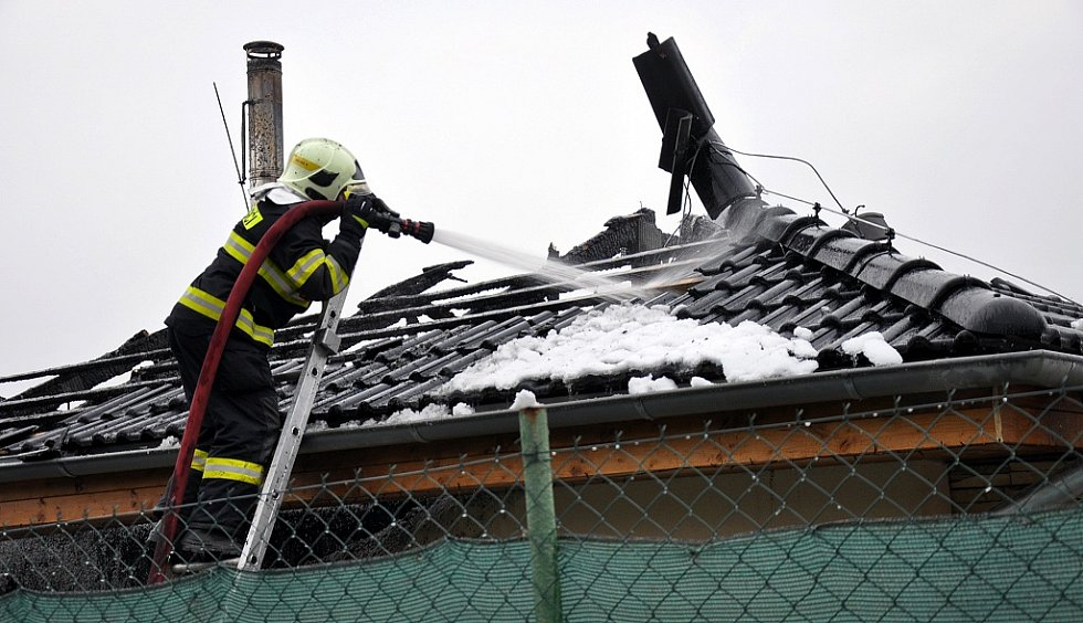 Požár rodinného domku v Krupce Unčíně