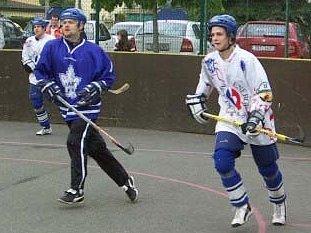 Hokejbalové utkání