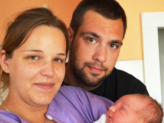Mamince Kristýně Hořákové z Krupky se 22. července ve 12,22 hod. v tep. porod. narodila dcera Nikola Nedbalová. Měřila 51 cm a vážila 4 kg.