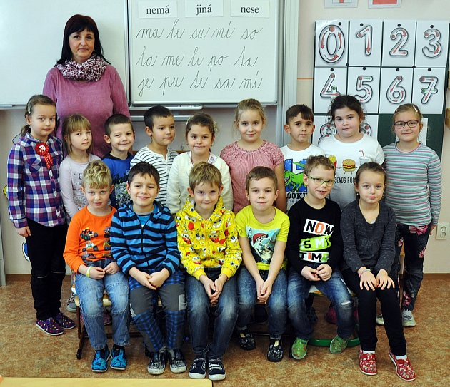 Na fotografii jsou žáci ze ZŠ Koperníkova vTeplicích, 1.B třída paní učitelky Hany Fišerové