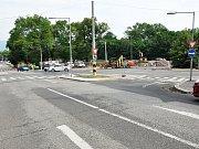 Výstavba kruhového objezdu v Bílinské ulici