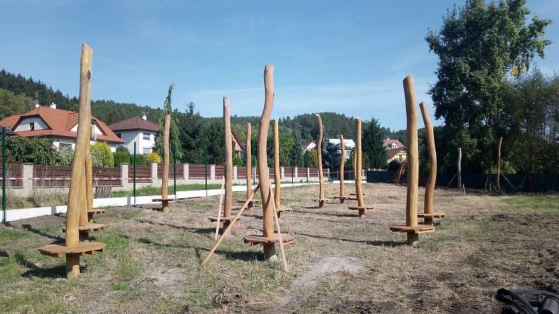 V Přítkově vzniká hřiště pro děti.
