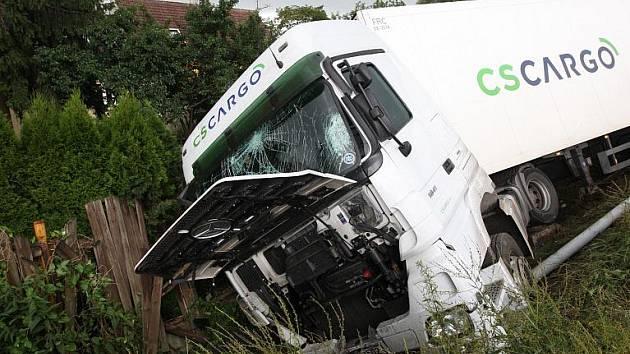 Nehoda kamionu v Bílině