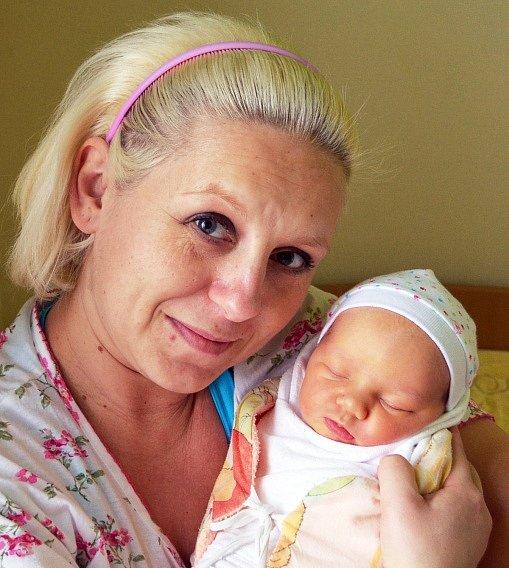Mamince Evě Dubnové z Teplic se 4. března v 8.20 hod. v teplické porodnici narodila dcera Eliška Dubnová. Měřila 50 cm a vážila 3,80 kg.