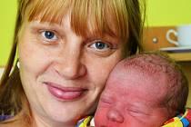 Mamince Janě Fojtíkové z Hostomic se 13. října v 5.20  hod. v teplické porodnici narodil syn Jiří Huda. Měřil 50 cm a vážil 3,10 kg.