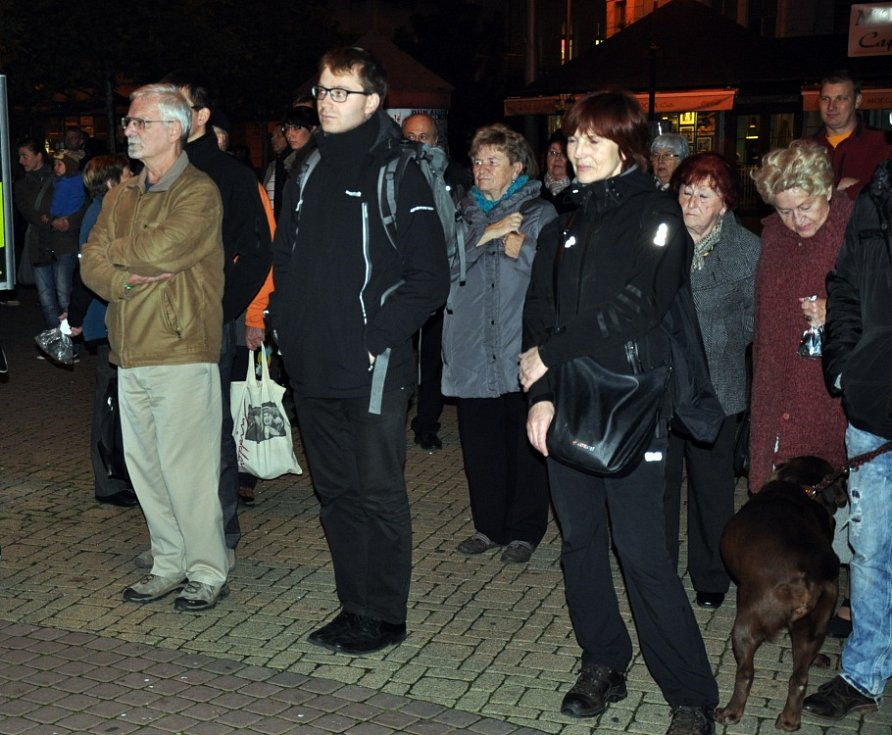Lidé v Teplicích si připomněli výročí ekologických demonstrací