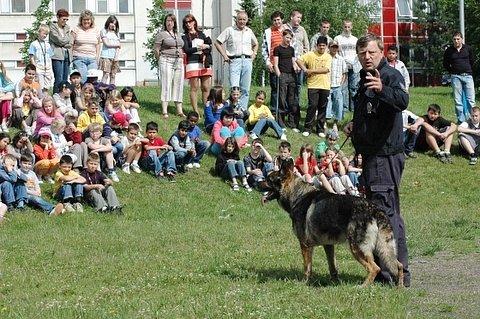 Den s policií na Základní škole Prosetice