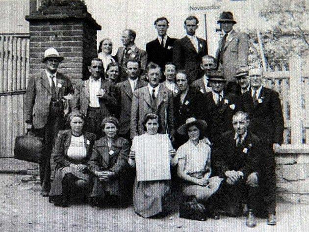 Historické foto z Novosedlic.