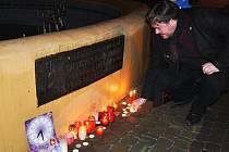 Vzpomínkové shromáždění na Benešově náměstí