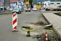 V Novosedlické ulici probíhá rekonstrukce vozovky
