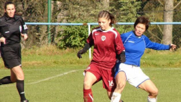 Na Teplicko přijela ženská fotbalová Sparta