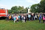 Den záchranářů se konal v Zámecké zahradě.