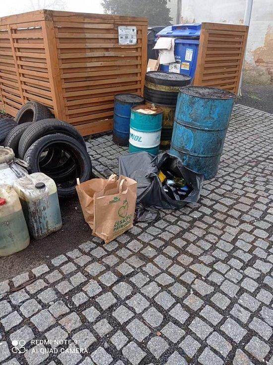 Na Hrobčicku proběhl sběr nebezpečného odpadu.