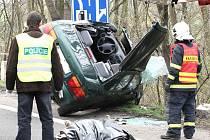 Při dopravní nehodě u Chlumce zemřel muž