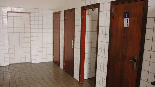 Veřejné záchodky na teplickém vlakovém nádraží