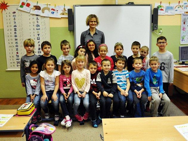 Na fotografii jsou žáci ze ZŠ Aléská Bílina, 1.B třída paní učitelky Dany Sepešiové.