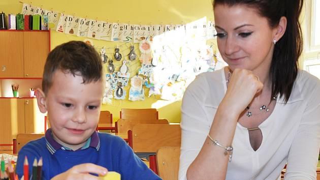 Davídek se už do školy těší, k narozeninám dostane penál