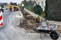 Další část Osecké ulice v Duchcově bude mít nové chodníky