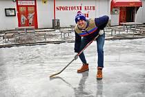 Kluziště ve sportovním areálu Rudolfofa huť.