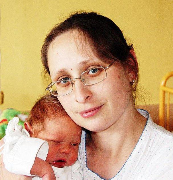 Mamince Janě Švejnochové z Teplic se v ústecké porodnici 29. dubna v 10.09 hodin narodil syn Vojtěch Ulman. Měřil 50 cm a vážil 3,8 kg.