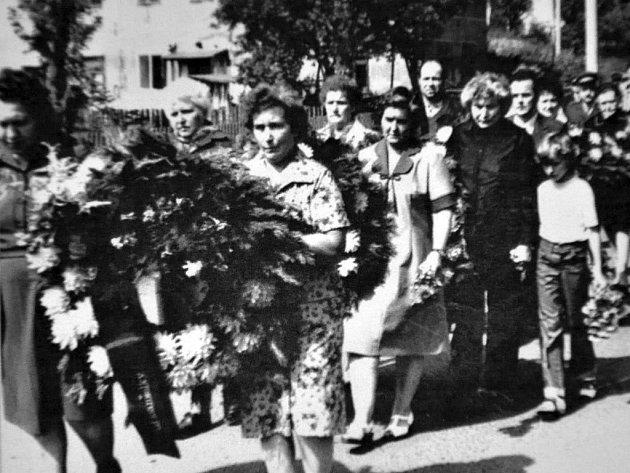 Z historie obce Žim.