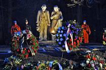 Účastníci pietní vzpomínky ocenili rekonstrukci pomníku