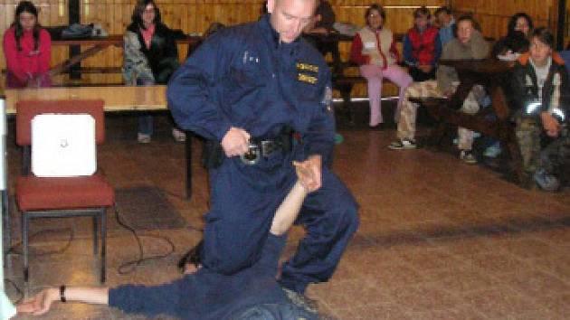 Ukázka policie v akci