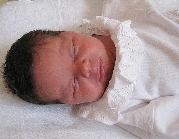 Mamince Lucii Jedličkové z Teplic se 23. ledna ve 3.05 hod. v teplické porodnici narodila dcera Kristýna Tvrzníková. Měřila 50 cm a vážila 3,35 kg.