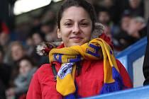 Na fotbale nebyla přes pět let. V neděli studentka Tereza Bártová z Oseka ale do hlediště Stínadel na šlágr 15. kola HET ligy Teplice – Plzeň zavítala.