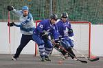 Perla (modré dresy) dala ASH dvanáct gólů