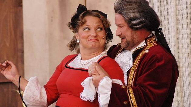 Casanovské slavnosti: Casanova svádí další ženu v Duchcově na zámku