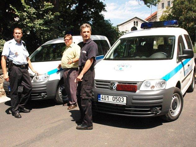 Nová auta bílinské městské policie