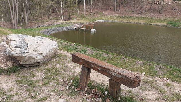 Dvě umělé nádrže v Bořislavi