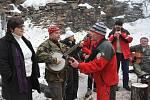 Občanské sdružení na záchranu hradu Rýzmburk, uspořádalo pro příznivce aktivisty a návštěvníky hradu, silvestrovské veselí.